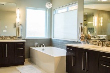 Cindy's Master Bathroom