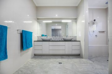 What Bathroom Updates Can Shower Remodeling Contractors Make?